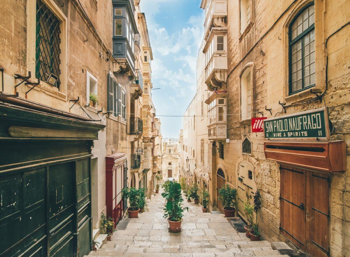 properties for sale in Malta
